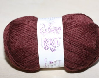 Nature Spun Worsted Weight, color N89W, lot 0101    Roasted Coffee