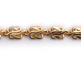 C23 Polished chain necklace with fancy double S links in gold or silver with magnetic clasp