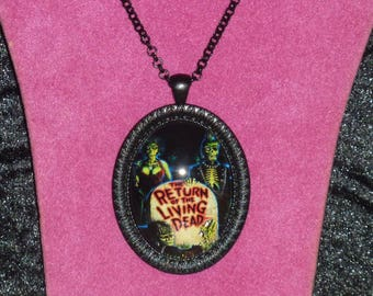 The Return of the Living Dead Inspired Black Cameo Necklace / Horror Pendant / Horror Necklace / Horror Jewelry / Return of the Living Dead