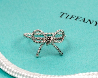 Authentic TIFFANY & Co. Twist Bow Ring // 925 Sterling Silver // Size 7 // T and Co Italy