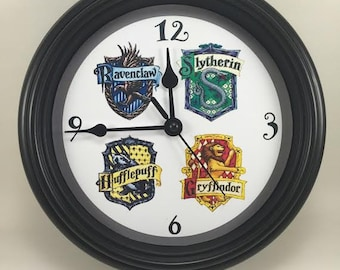"HARRY POTTER ""Four Houses of HOGWARTS"" Wall Clock Novelty Potterhead Gift"