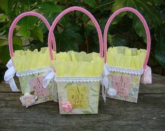 Gift bags party favors paper bags gift wrap small pink and yellow gift packaging candy containers gift card holders