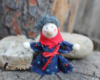 Kitchen Witch / Strega Nove - Kitchen Witch doll - Good Luck Doll