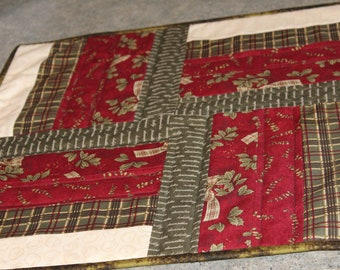 Green Red Beige Square  19 1/2 X 19 1/2  Table Runner Topper