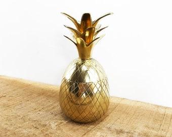 Hollywood Regency Brass Pineapple Container//60's Era Brass Pineapple Candleholder