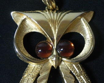 Vintage Jelly Belly Owl Necklace Pendant on Chain