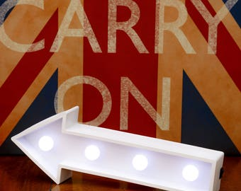 """Light Up Arrow Sign - 29.5cm (11.5"""") wide, Illuminated Decorative White Wooden Marquee Letters with LED Lights Wall Hanging or Freestanding"""
