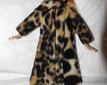 Stylish Fleece coat & scarf set in Leopard print for Fashion Dolls - ed996