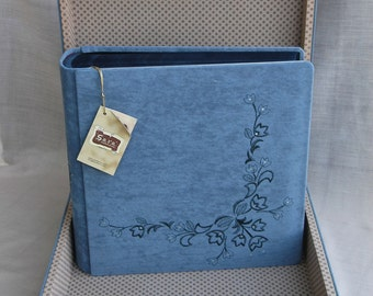 luxury Italian photo album with suitcase velvet and Swarovski crystals