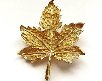 Vintage Maple Leaf Brooch
