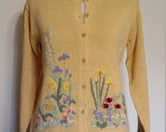 Embroidered cardigan, S, M, vintage sweater, cardigan sweater, floral sweater, spring sweater, yellow sweater, yellow cardigan
