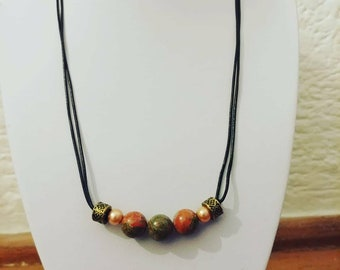 Down to earth - charm necklace with gemstones