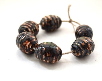 Fall was over: a set of 6 handmade ceramic beads