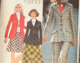 Blazer, Bias Skirt, Pants 70s Vintage Sewing Pattern SIMPLICITY 5212, Bust 34