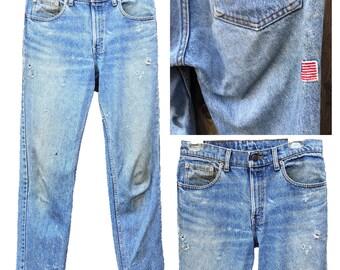VTG Levis 501 Jeans klassische blau gerade Passform Boyfriend Leder zurück Patch rote Lasche hoher Taille Denim perfekte getragen Löcher Verkauf 32 33 not