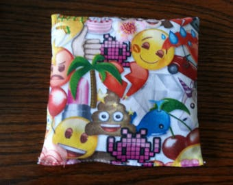 Boo Boo Packs, Ouch Pouch, Reuseable Hot or Cold Rice Packs, Kids Ice Pack, Handwarmers, Heating Pad, Set of 2, Emoji Cotton Fabric !