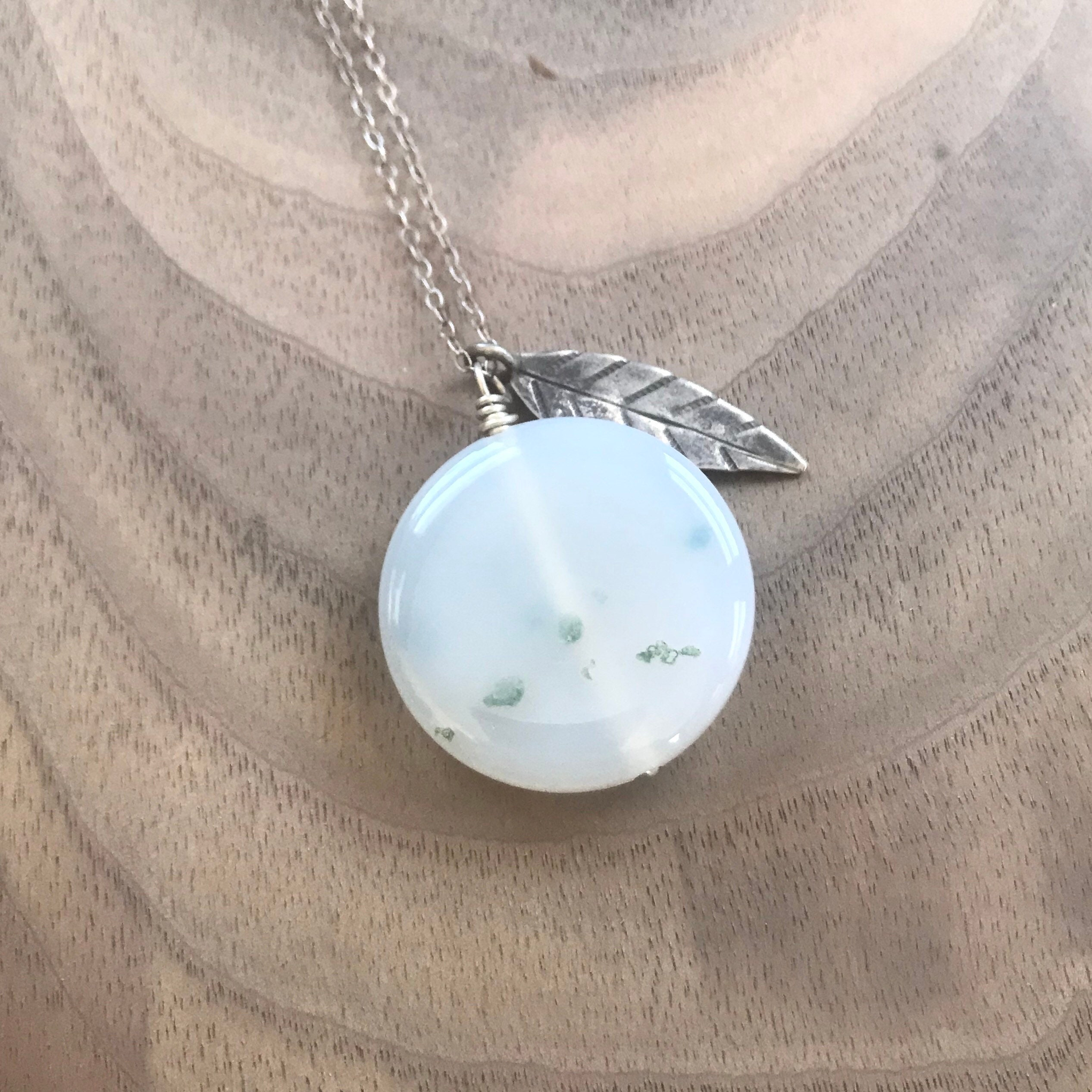Agate hill tribe silver leaf pendant necklace mozeypictures Choice Image