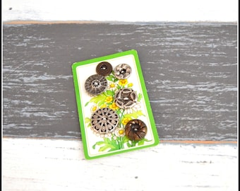 Patterned Metal Button Lot - Metal Vintage Buttons - Sew Through Buttons   (#87)