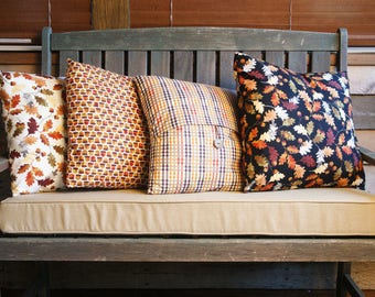 Fall Pillow Covers // Envelope Pillow Covers // Autumn Leaves // Rustic Fall Decor // Acorns // Fall Leaves // Autumn Pillow Cover