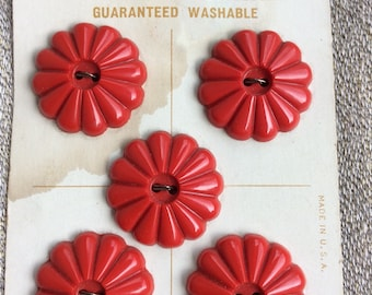 Five Vintage Red Le Chic Buttons on Original Card