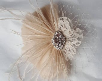 Fascinator,Wedding Head Piece,Feather Hair Clip,Great Gatsby Style,Bridal Comb,Bridal Hair Accessory,Ivory Hair Clip, womens hair clip