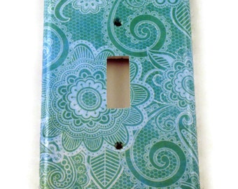 Light Switch Cover  Wall Decor Switch Plate Light Switchplate in  Teal Paisley  (219S)