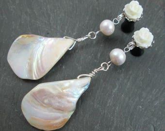 Dangle Plugs - 10g - 8g - 6g - 4g - 2g - 0g - Shell Plugs - Wedding Gauges - Shell Gauges - Bridal Plugs - Pearl Jewelry - Rose Prom Plugs