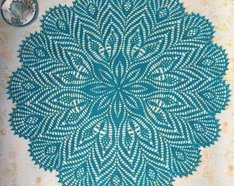 Crochet Doily, tablecloth Peacock feathers, Rare doily, Rustic Doily, Vintage Doily, Peacock feathers, Gift for her