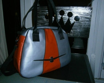 Weekender Traveler Bag w/ Ford Thunderbird emblem