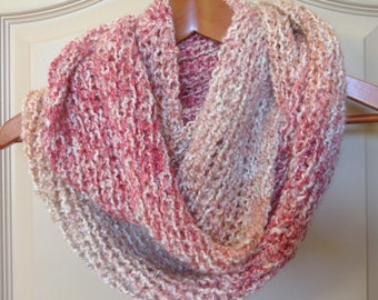 Red, pink and white ombre knit infinity scarf / ombre scarf / circle scarf