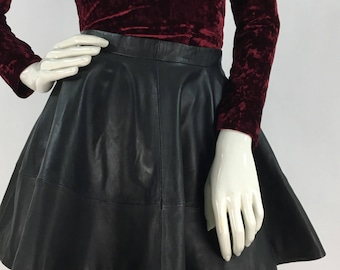 90s leather swing skirt/vintage leather swing skirt/black leather swing skirt