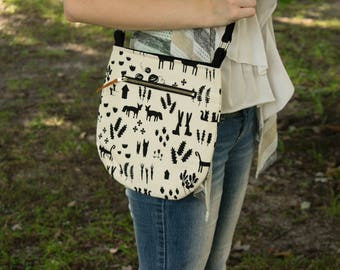 Small Bag, Southwest Print, Cross body Bag, Casual Tote, Black and White