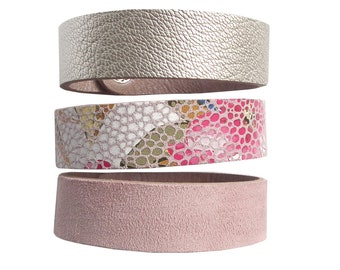 Leather bracelet set pink flowers and pearl