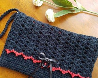 Easy Crochet Clutch Bag Pattern