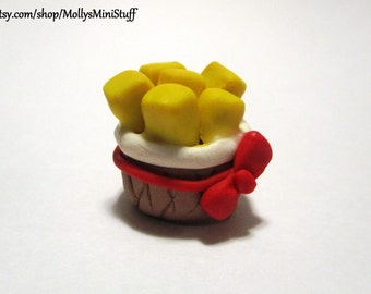 Five Nights at Freddy's: Sister Location inspired handmade Exotic Butters polymer clay miniature figure / charm