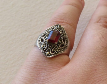 Vintage Sterling Silver 925 Garnet and Marcasite Statement Ring, Size 8.25 (8 1/2)