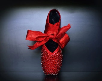 THE RED SHOES Crystal Handcrafted Pointe Shoe