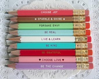 ENSEMBLE de crayon, des faveurs du parti