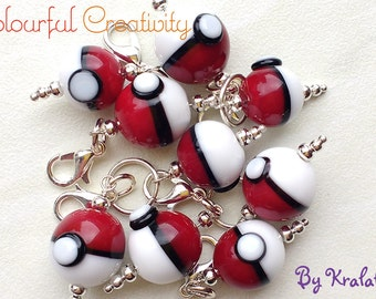 Stitch marker pokeball small - Made to order