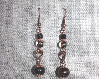 Black glass heart earrings and gold