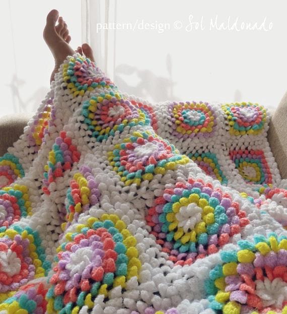 Blanket crochet pattern Yummy Flower granny square photo