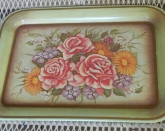 Pretty Cottage Chic Floral Metal Serving Tray!