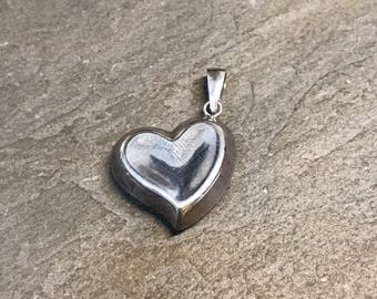 Vintage handmade sterling silver heart shaped charm, solid 925 silver charm pendant, stamped mexico 925
