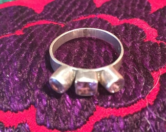 Amethyst Ring...Sterling Silver Ring...Handcrafted...Vintage 1980s...Hippie...February Birthstone...Gift...Vintage Shop...LV118