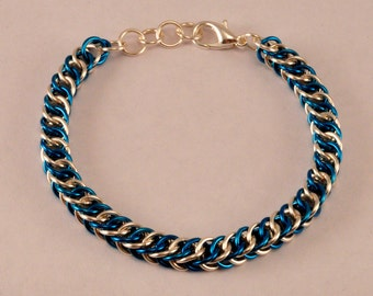 Chainmaille Friendship Bracelet (Cool as Ice)