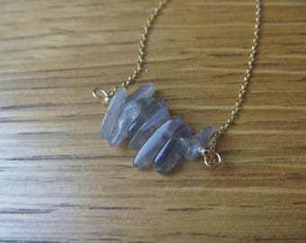 Necklace with labradorite beads