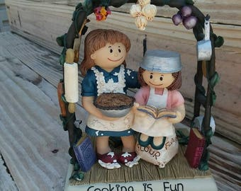 Vintage Cooking Figurine; Zingle-Berrry; Cooking is Fun; Gift for Cook; Gift for Foodie; Gift for Friend; Decorating; Ready to Ship