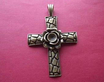 Charm/pendant large cross and rose bronze metal