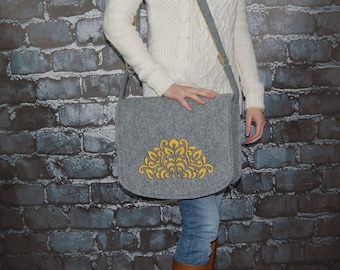Felt Laptop bag 15 inch with pocket, shoulder bag, Macbook Pro 15 in, Custom size Laptop bag, sleeve, case