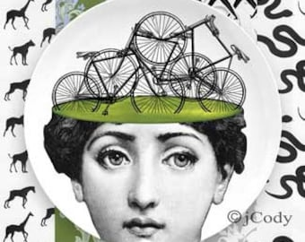 Biker Lina Cavalieri plate